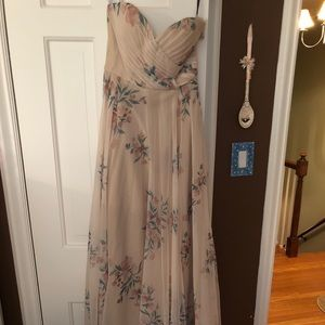 NEVER WORN Floor-length floral blush-tone gown